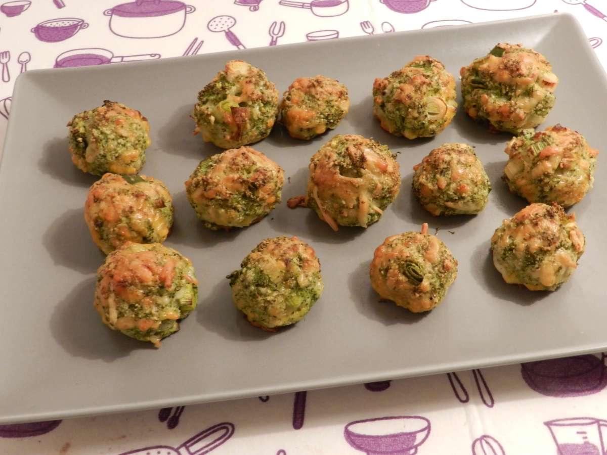 Knusprige Brokkoli-Käse-Bällchen