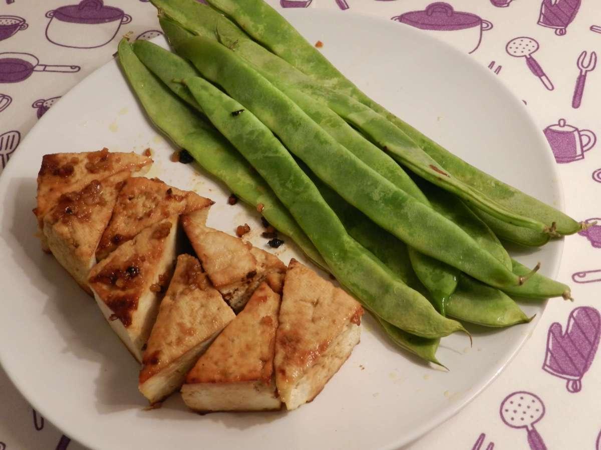 Fernöstliches Tofu-Bohnen-Blech