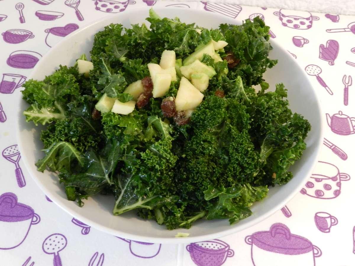 Süßer Frühlingssalat