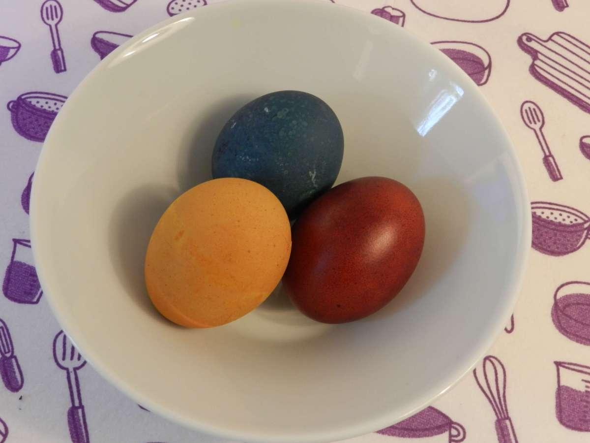 Natürlich gefärbte Ostereier